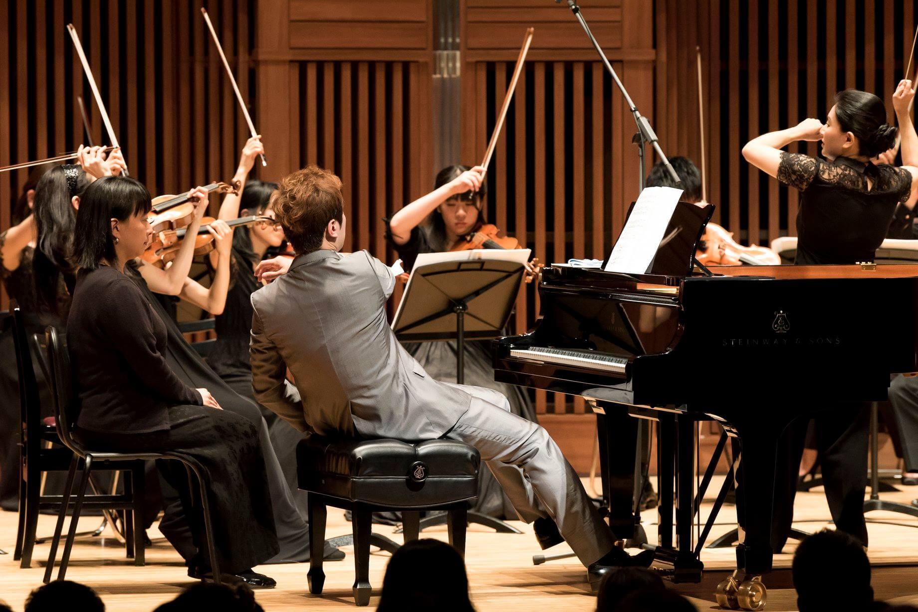 日本クロアチア音楽協会例会 安達朋博ピアノ、長谷川ゆき指揮、コモルニ・アンサンブル・トウキョウ